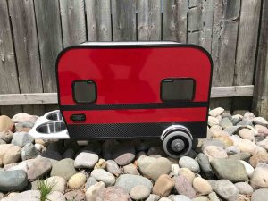 Side View RV Dog House with Two Windows